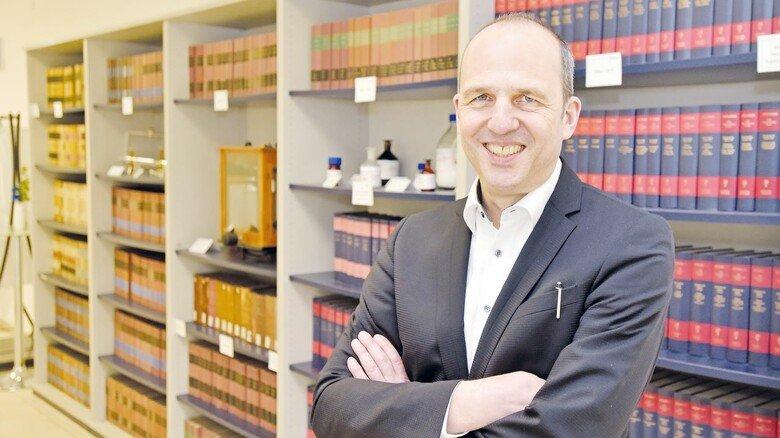 Unternehmer Raphael Vogler: Der Geschäftsführer von Chemcon kümmert sich selbst um das Marketing und den Kontakt zu den Kunden.  Foto: aktiv/Roland Sigwart