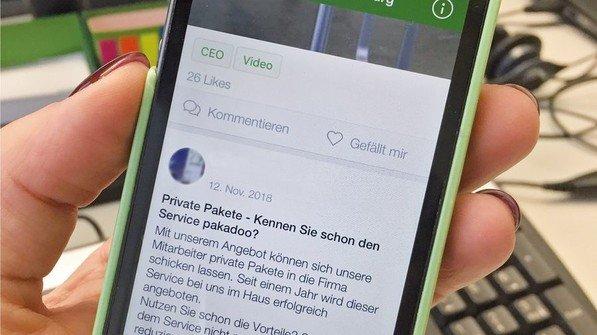 Immer dabei: Mit der App können sich Mann+Hummel-Mitarbeiter überall und jederzeit informieren. Foto: Mann+Hummel