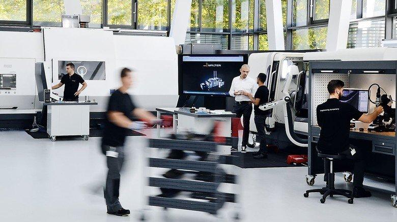 Technology Center von Walter in Tübingen: Hier können Kunden die neuesten Werkzeuge zum Fräsen, Bohren, Drehen und Gewindeschneiden testen.