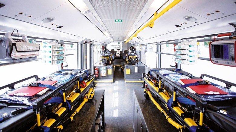 Hightech: Im Inneren können vier Menschen intensivmedizinisch versorgt werden.