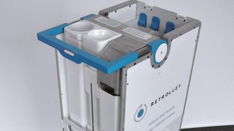 """Airbus-Idee: Der """"Retrolley"""" recycelt und verdichtet beim Schieben durch den Kabinengang den Müll der Fluggäste. Foto: Werk"""