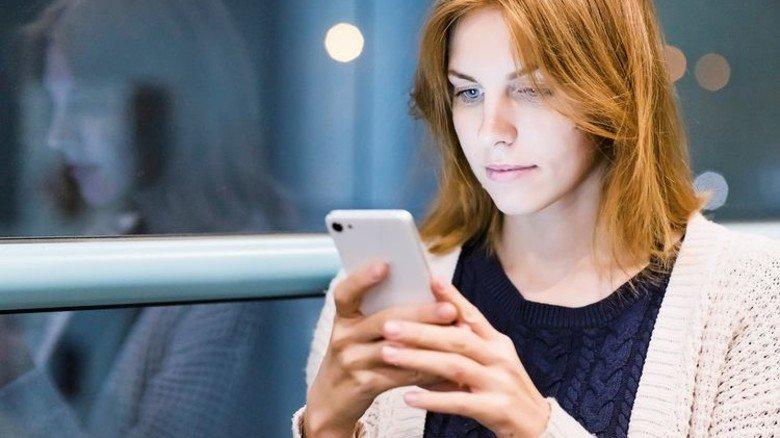Schneller ins Netz auch von unterwegs: Mit dem neuen Mobilfunk-Standard 5G wird dies endlich Realität. Foto: AdobeStock