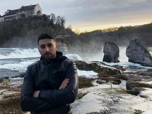 """Chemikant Ilkay Kücük: Ein """"super Job"""" – und viel Engagement für Flüchtlinge"""